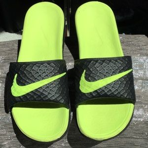 Nike men's size 10 sandal